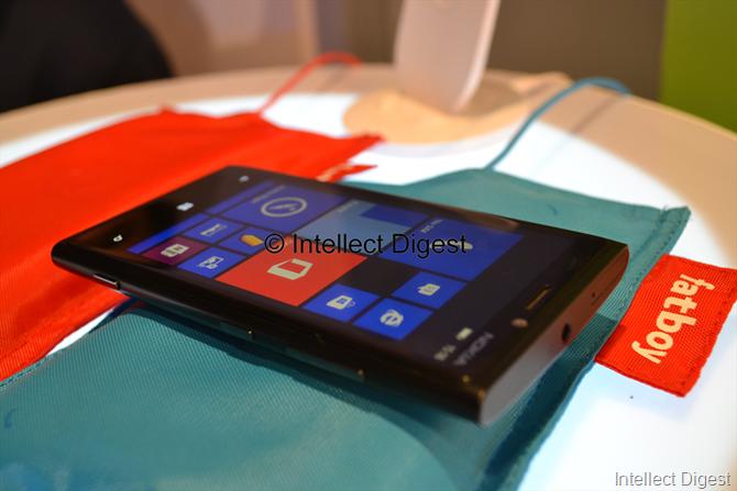 Nokia Lumia 920 (3)