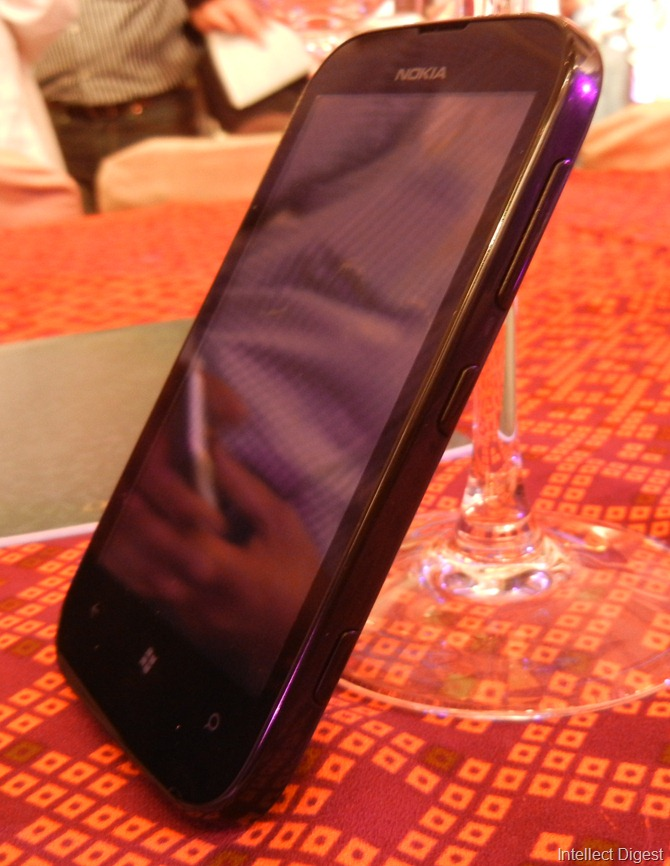 Nokia Lumia 510 Detailed Reivew (18)