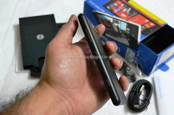 Nokia Lumia 820 Review (13)