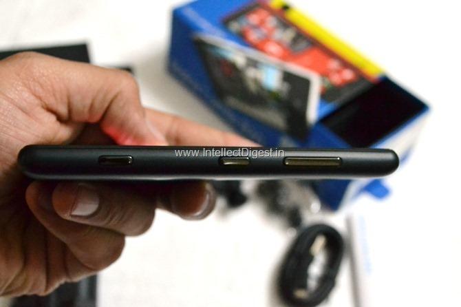 Nokia Lumia 820 Review (17)