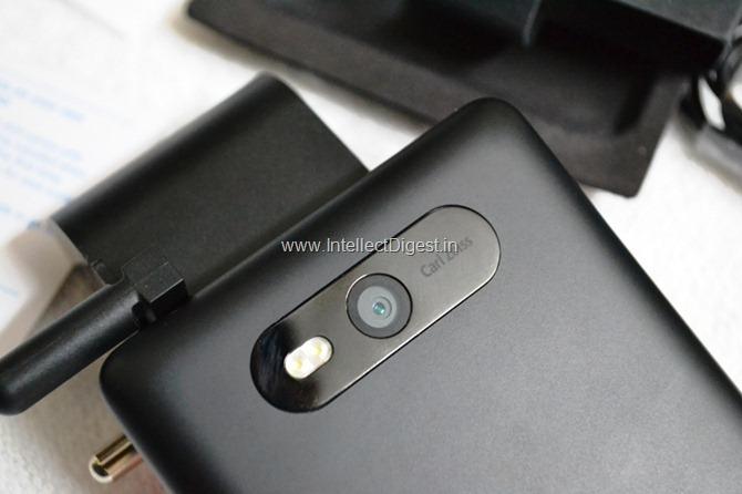 Nokia Lumia 820 Review (4)