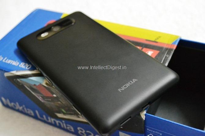Nokia Lumia 820 Review (9)