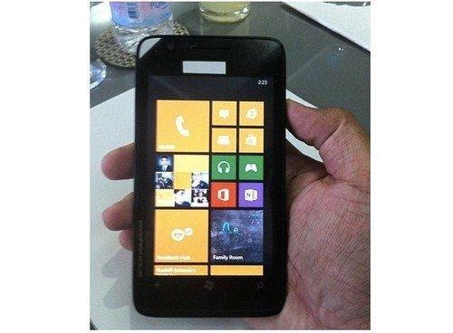 Nokia-625