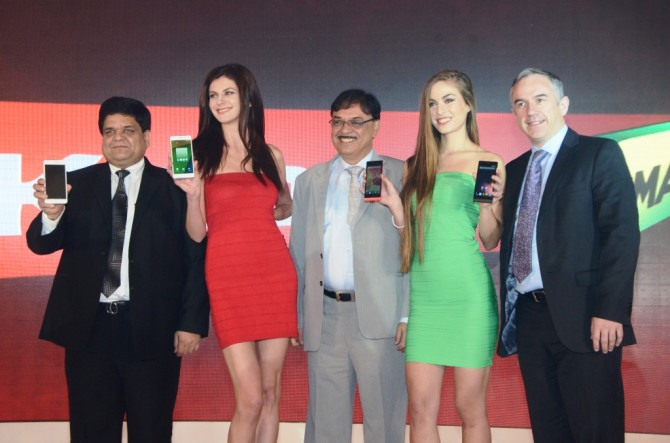 Karbonn Otca Plus Octa And Hexane Launch India (2)