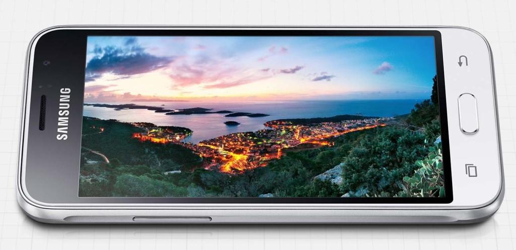 Samsung Galaxy J1 (2016) -3