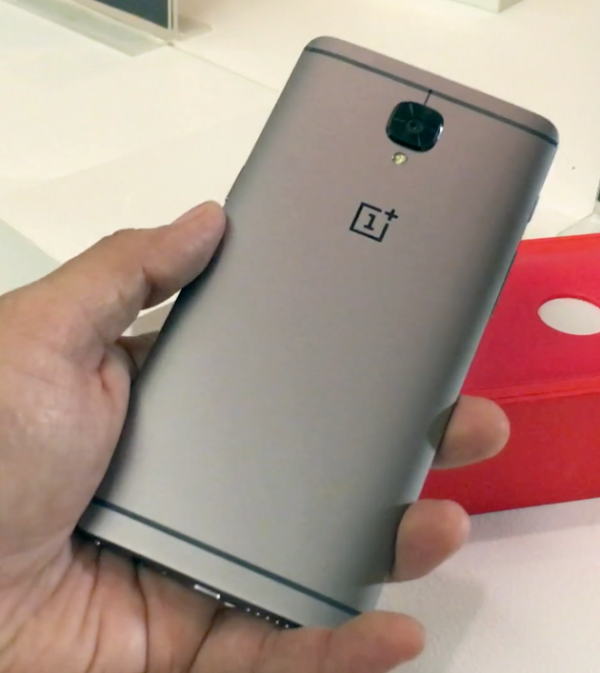 OnePlus 3T Review: Reasons To Buy & Reasons To Not Buy