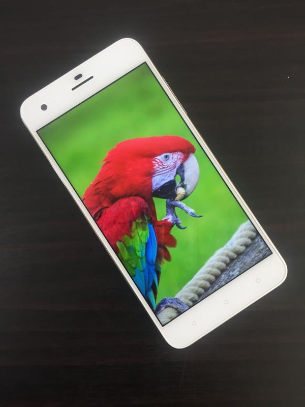 HTC Desire 10 Pro (4)