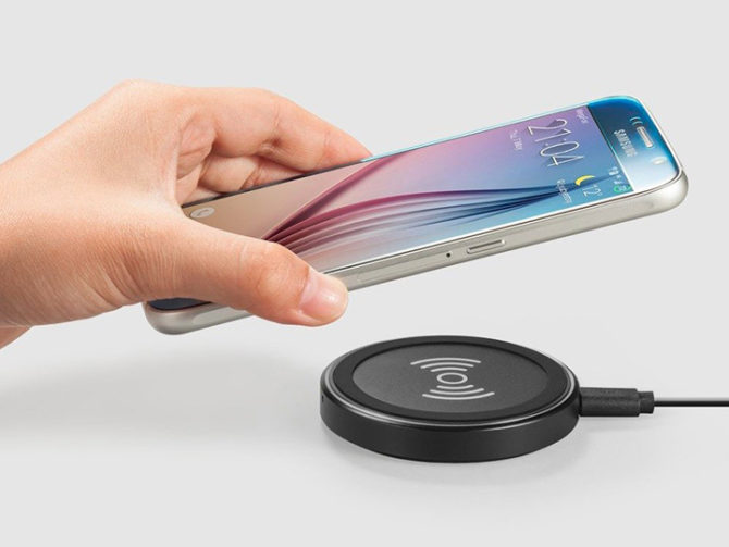 5 Best Smartphones with Wireless Charging Under Rs 25000