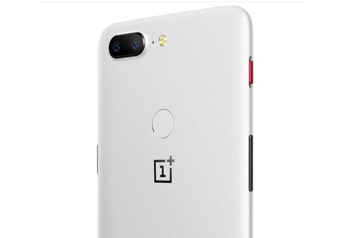 OnePlus 5T Sandstone Variant